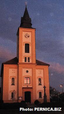 Penzion - Vinařství (Guest house - Viticulture) Hanuš - Located in Blučina's Velkopavlovická wine-producing region. 20 km from Brno city, 4 km away from Chateau Židlochovice and 3 km from Opatovice near Rajhrad – Church of St. Charles Borromeo (1868-1869). Photo: Zdenek Pernica (PERNICA.BIZ)