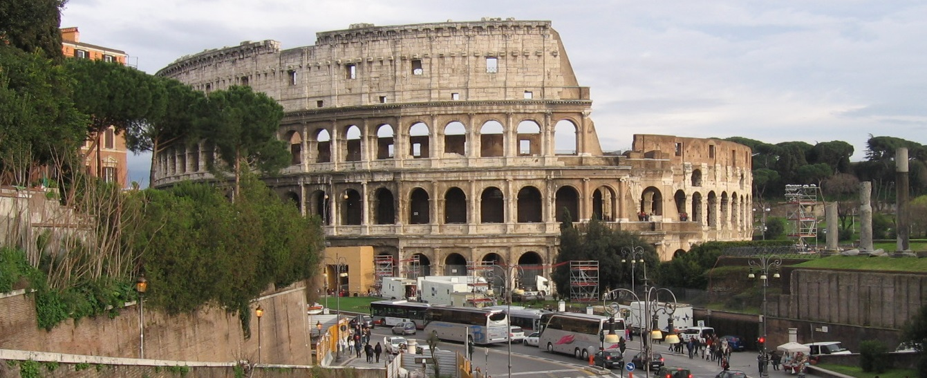 Rome - Colosseum. Photo: PERNICA.BIZ. The nearest fantastic accommodation in Colosseo Apartment!