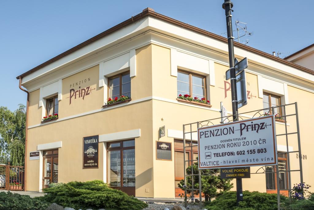 Penzion Prinz - Valtice, nám. Svobody 1111, Valtice, 691 42, Česká republika